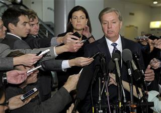 Kelly Ayotte, Lindsey Graham