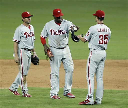 Cole Hamels, Ryan Howard, Kevin Frandsen