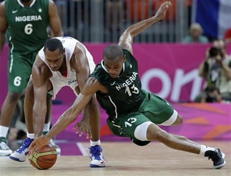 Boris Diaw, Derrick Obasohan