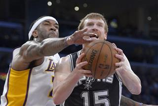Jordan Hill, Matt Bonner