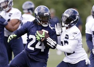 Jeron Johnson, Marshawn Lynch