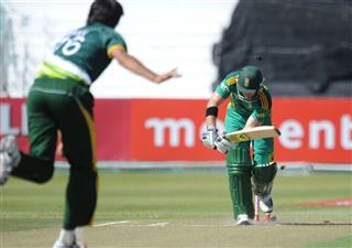 Mohammad Irfan, Colin Ingram