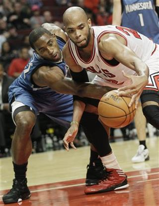 Taj Gibson,  Mike Harris
