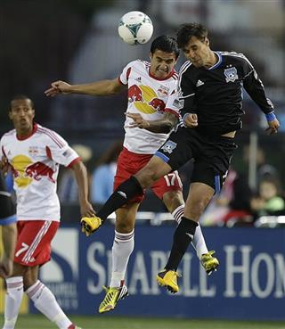 Tim Cahill, Chris Wondolowski