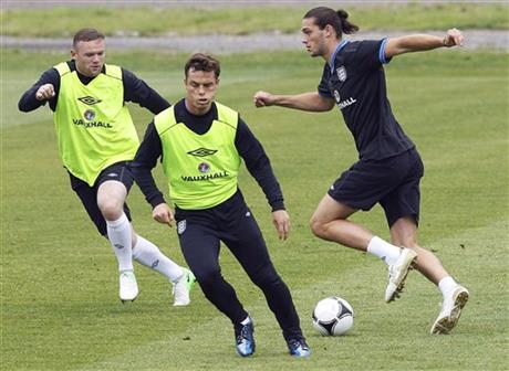 Andy Carroll, Scott Parker, Wayne Rooney