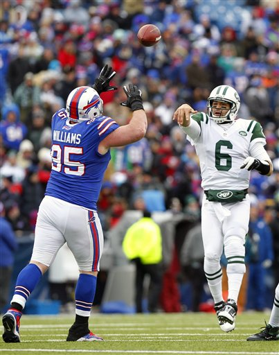 Mark Sanchez, Kyle Williams