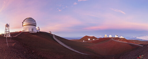 USA, Hawaii, Big Island, Volcano Mauna Kea, Mauna Kea Observatories, Gemini Observatory, University of Hawaii, Subaru Telescope, Keck Observatorium and NASA Infrared Telescope Facility at sunrise