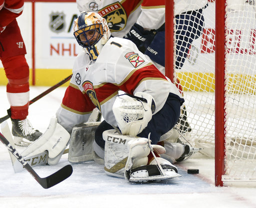 Panthers Behind Luongo S 33 Saves Beat Red Wings 2 1 Accesswdun Com