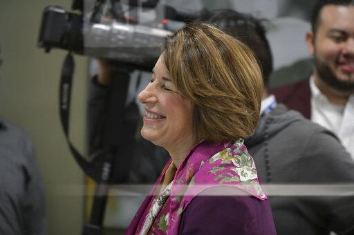 Amy Klobuchar Tours The Culinary Health Center