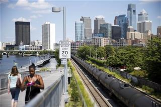 Oil Trains Cities