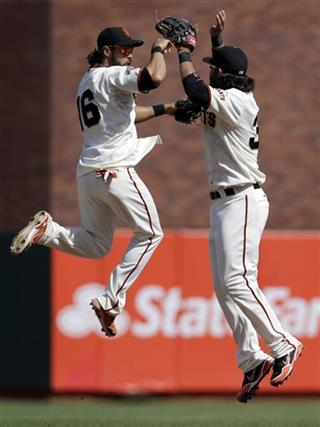 Angel Pagan, Brandon Crawford