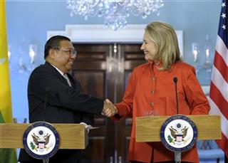 Hillary Rodham Clinton, U Wunna Maung Lwin