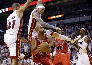 Taj Gibson, Shane Battier, Chris Andersen
