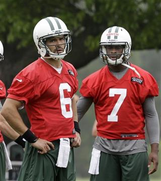 Mark Sanchez, Geno Smith