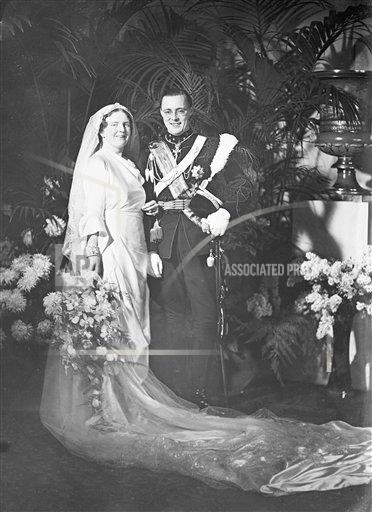 AP I NETHERLANDS JULIANABERNHARDWEDDING.jpg