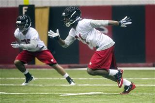 Desmond Trufant, Momo Thomas
