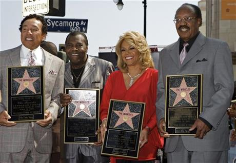 William Smokey Robinson, Warren Pete Moore, Claudette Robinson, Robert Bobby Rogers