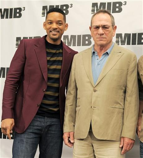 Will Smith, Tommy Lee Jones, Josh Brolin
