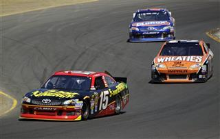 Clint Bowyer, Jeff Burton, Bobby Labonte