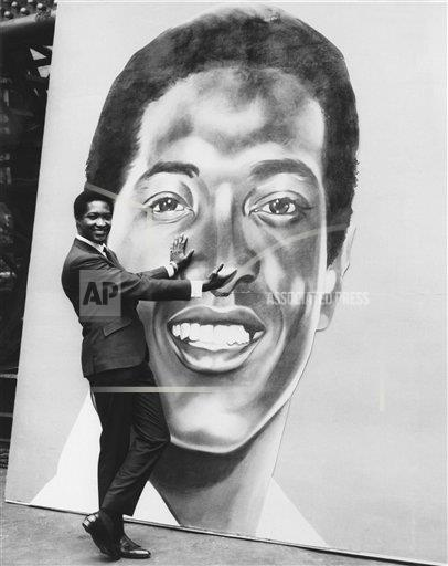 Watchf Associated Press Domestic News Entertainment New York United States APHS151960 Sam Cooke With Likeness 1964