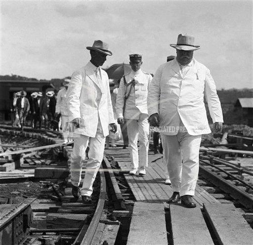 Creative Copyright Bettmann/Corbis / AP Images A    UB4447JINP President William Taft Inspecting Canal