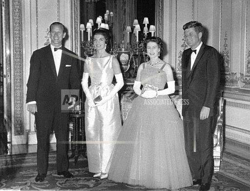 Associated Press International News England QUEEN PRESIDENT KENNEDY 1961