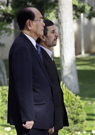 Mahmoud Ahmadinejad Kim Yong Nam