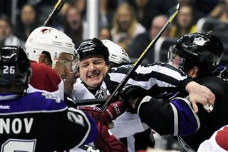 APTOPIX Coyotes Kings Hockey