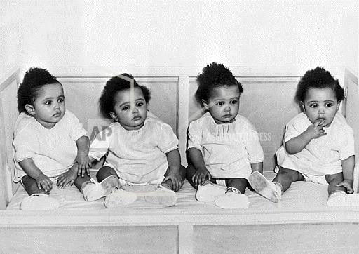 Watchf Associated Press Domestic News  North Caroli United States APHS FULTZ QUADRUPLETS 1947