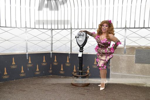 NY: Rupal's Drag Race Cast Visit Empire State Building