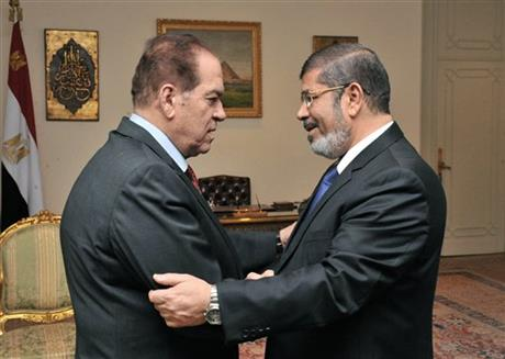 Mohammed Morsi, Kamal el-Ganzouri