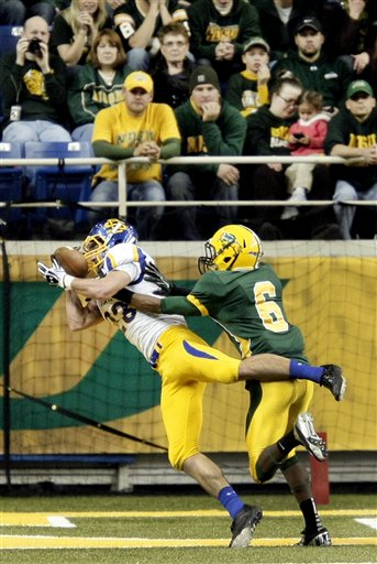 South Dakota St Noth Dakota St Football