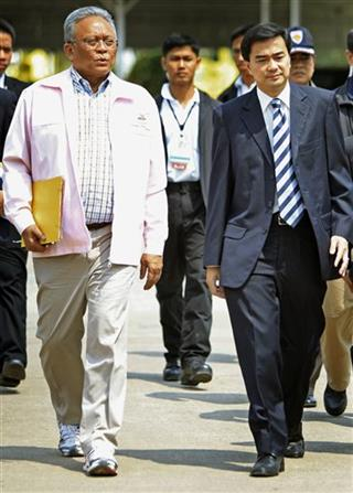 Abhisit Vejjajiva, Suthep Thaugsuban