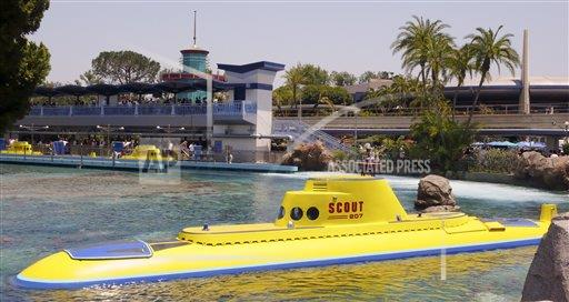 Disneyland Submarine