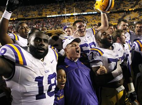 Les Miles, Bennie Logan, Josh Downs