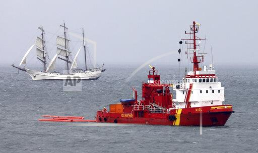 Oil fighting exercise in the Mecklenburg Bay