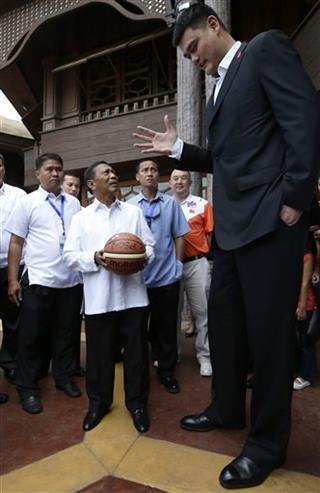 Yao Ming. Jejomar Binay