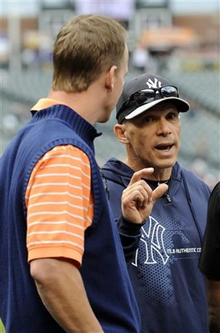 Joe Girardi, Peyton Manning