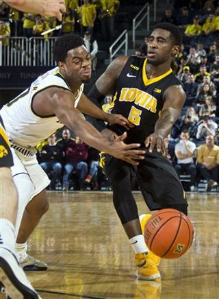 Derrick Walton Jr., Anthony Clemmons