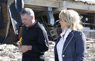 Mary Fallin, Robert Sommers