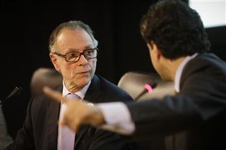 Carlos Arthur Nuzman, Carlos Villanova