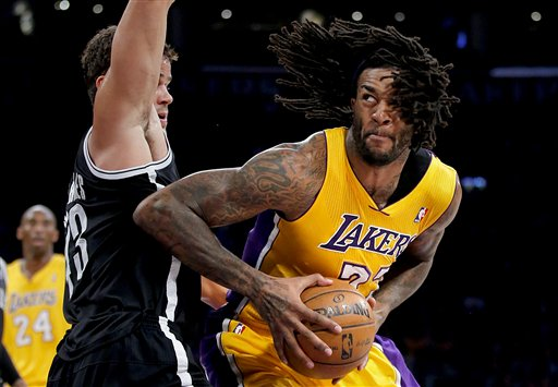 Jordan Hill, Kris Humphries