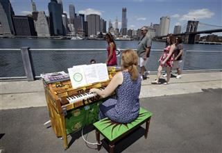 Outdoor Pianos Festival