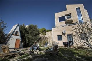 Mideast Israel Political Bed and Breakfast