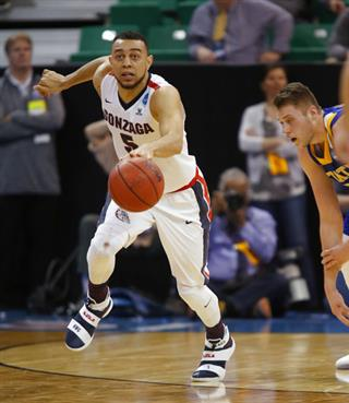 Mike Daum; Nigel Williams-Goss