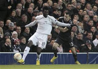 Emmanuel Adebayor, Anthony Reveillere