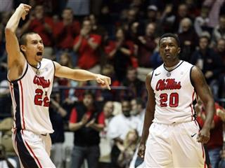 Marshall Henderson, Nick Williams