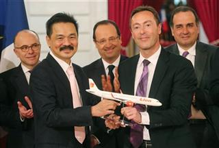 Fabrice Bregier, Rusdi Kirana, Francois Hollande