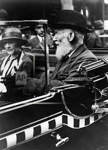 Watchf AP I   DEU APHSL49434 George Bernard Shaw with Lady Astor