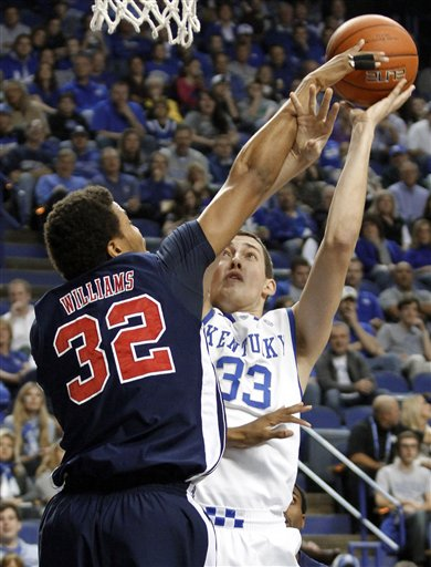 Kyle Wiltjer, Tim Williams